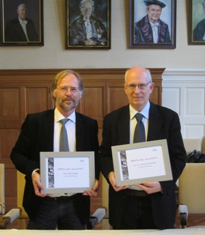Prof. Schomaker (right) and Prof. Herber (left) after receiving this year's IBM Faculty Award