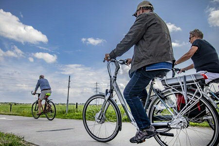 Plazier: I prefer making cycle paths safer over introducing mandatory helmets. (Photo: ANP/Rob Voss)