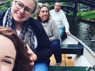 Boating around in Giethoorn!