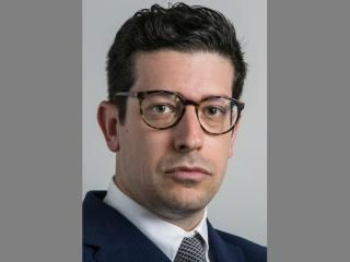 Samuele Murtinu is associate professor in the Department of Innovation, Management & Strategy at the Faculty of Economics and Business, the University of Groningen.