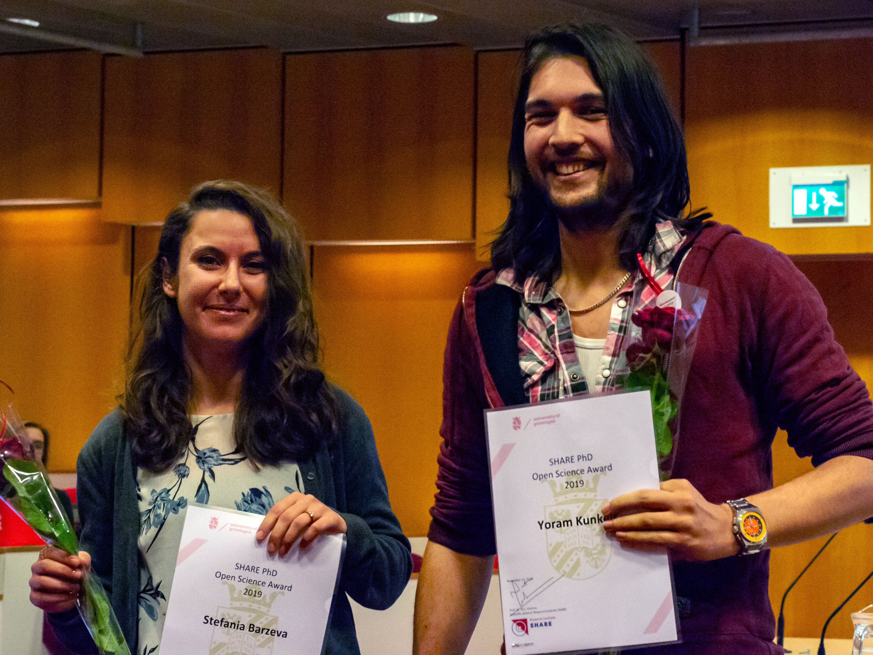 Stefania Barzeva and Yoram Kunkels receive the first SHARE Open Science Award