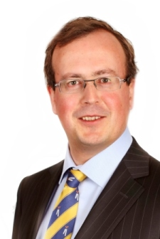 Mr Dr Gerrit Van Der Veen Benoemd Tot Bijzonder Hoogleraar