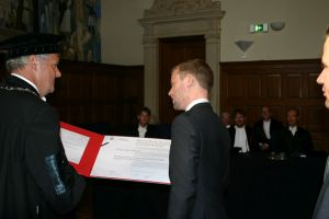 Harm-Jan Westra is presented with his degree certificate