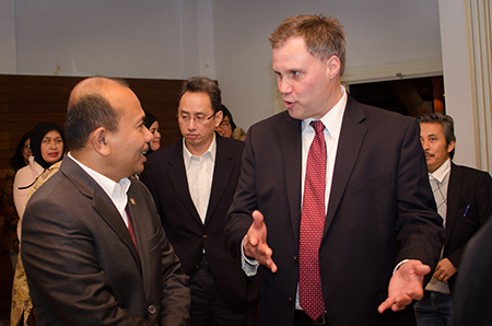 Indonesian Minister of Planning Mr. Andrinof Chaniago and SInGA Director, Ronald Holzhacker at the Embassy on Saturday 7 March 2015.