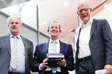 Frijlink wins Utrecht University Award for Excellence in Pharmaceutical Research 2015