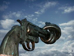 Source: Carl Frederik Reuterswärd's Non-Violence: sculpture of a bronze Colt Python .357 Magnum revolver with a knotted barrel, in Sweden. PHOTO: Wikimedia Commons