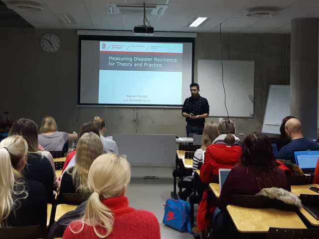 Steven teaching at the University of Tallinn