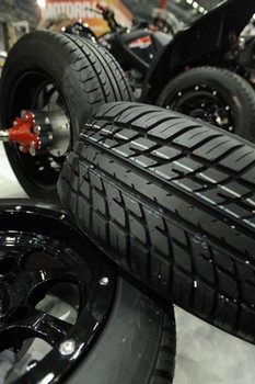 Car tyres made from synthetic rubber | Photo Lanxess