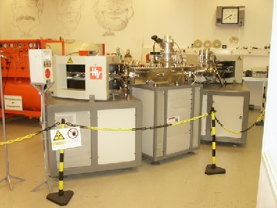 AMS in the Groningen C-14 lab | Photo Science LinX