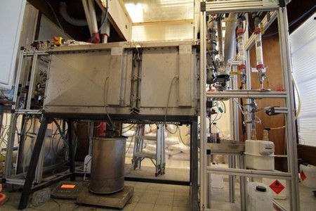 Lab bench pyrolysis | Photo Heeres lab, UG
