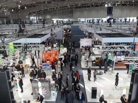 Overview of the exhibition hall at the Hannover Messe | Photo Daan Wesselink / Science LinX