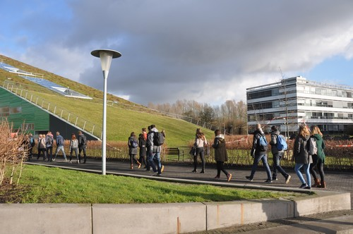Walking from Bernoulliborg to Linneausborg | Photo Science LinX
