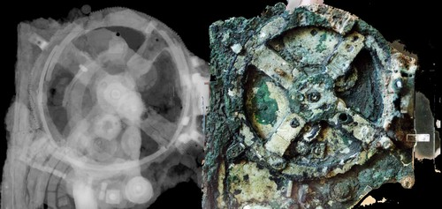 The Antikythera mechanism (right) and an x-ray image showing the interior (left) | Photo Rien van de Weijgaert