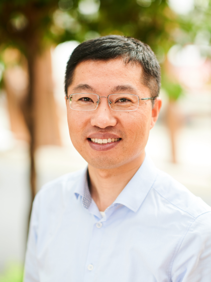 prof. dr. H. (Huilin) Chen