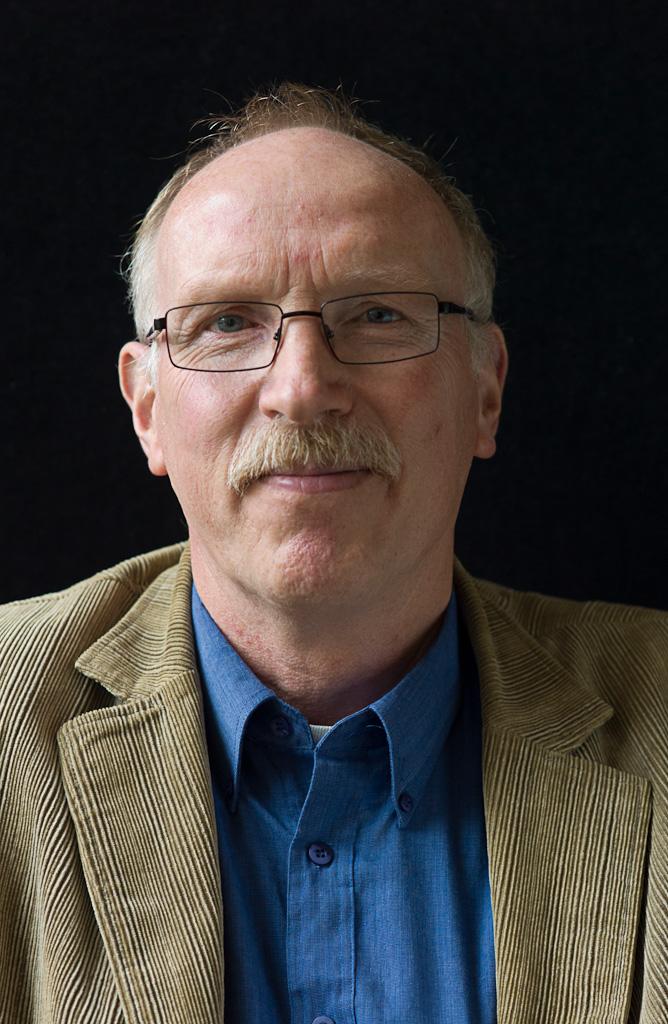 Prof Dr L H V Lucas Van Der Woude Waar Vindt U Ons