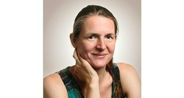 Dr. Bettina van Hoven